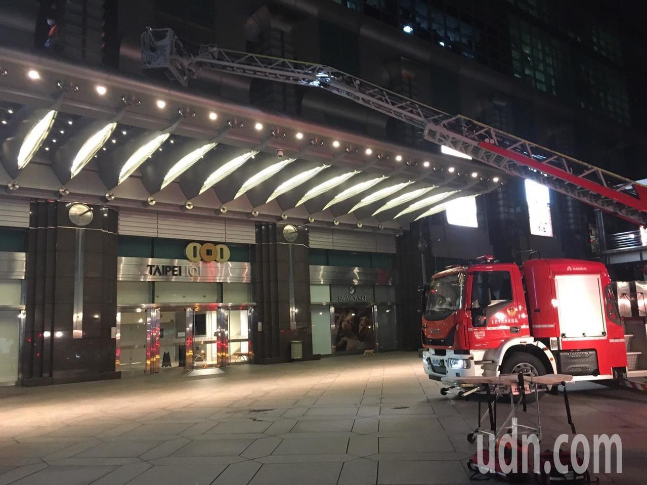 台北101工人吊掛換燈 凌晨6樓摔落頭破身亡
