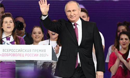 俄总统大选将至 民调显示74%俄罗斯人支持普京