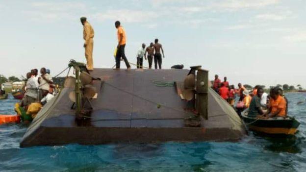 200人命危!坦尚尼亞渡輪超載 離岸數公尺沉沒