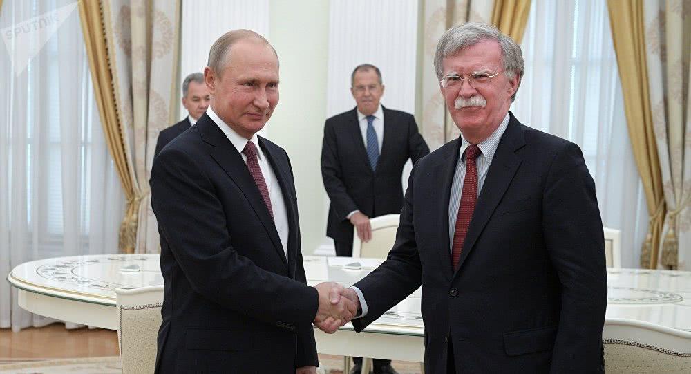 """俄政府否认参与""""通俄门"""" 川普或将在会晤上继续逼问普丁"""