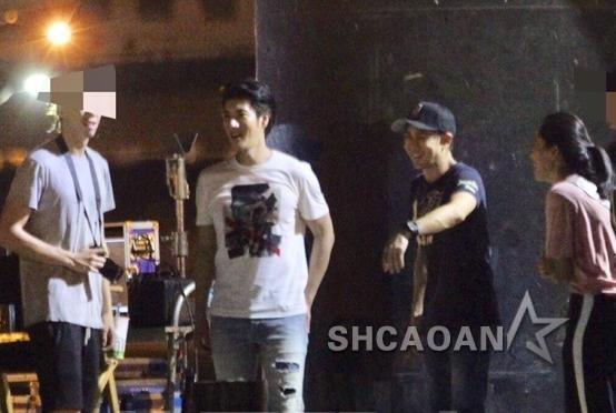 王力宏拍MV林志颖驾超跑协助 两人老婆王靓蕾、陈若仪盯场