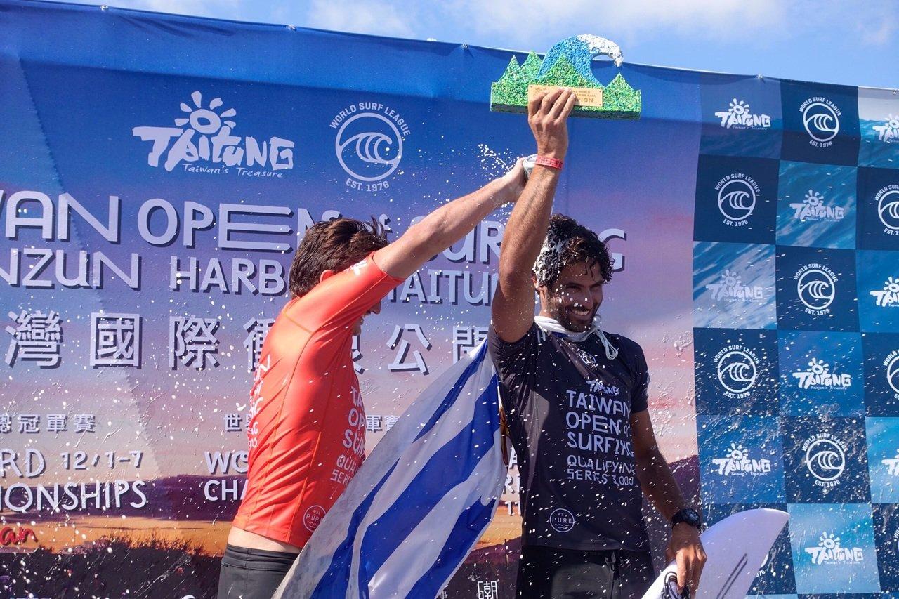 烏拉圭衝浪選手 奪WSL QS 3000台灣站冠軍