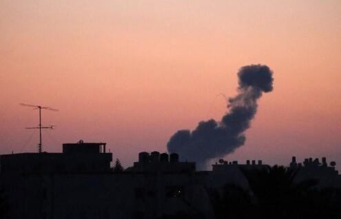 以色列向大马士革国际机场附近发射2枚导弹 现场发生爆炸