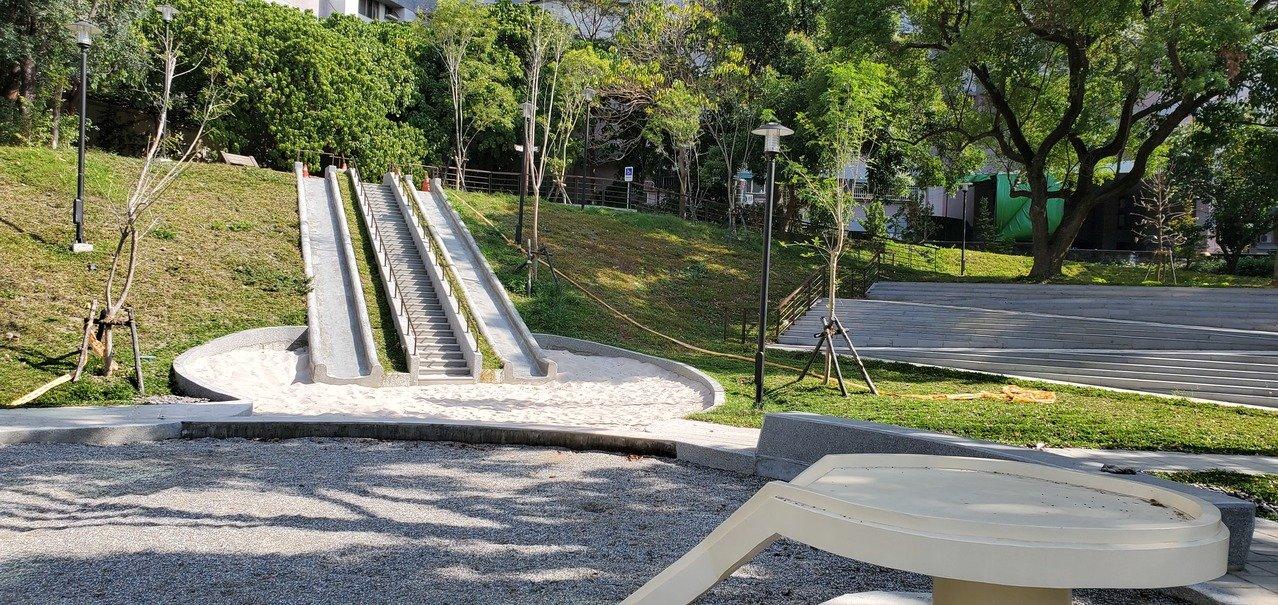 台南「最長地景式溜滑梯」來囉!長達12.5公尺明天啟用
