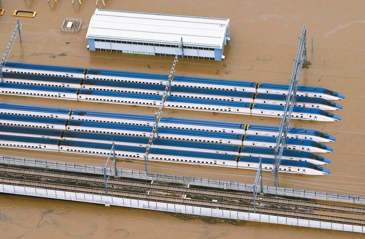 日本風災已35死 21條河川潰堤 水淹新幹線