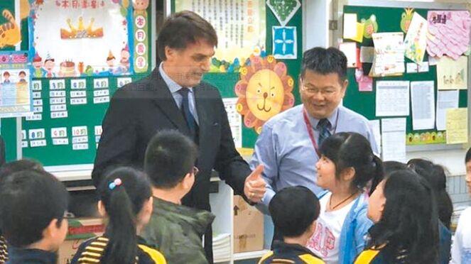 競選期間一再批評大陸!巴西新總統親台 北京憂心
